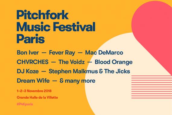 Le news di oggi: Pitchfork Parigi, Arctic Monkeys, She & Him, Stephen Malkmus, Flasher